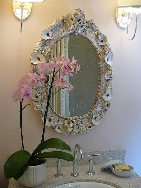 Seashell Mirror.... Beautiful!