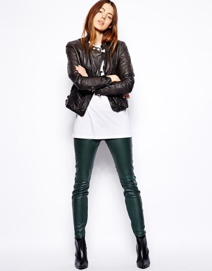 Lovely Leather Leggings : Exquisite Leather Leggings