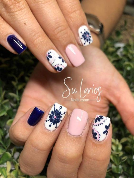 90 Stylish Spring Flower Nail Art Designs and Ideas 2019
