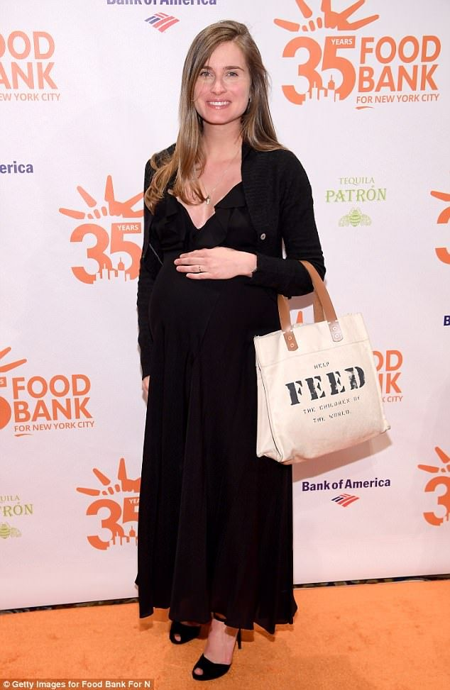 kelly bensimon joins kevin bacon and kyra sedgwick at new