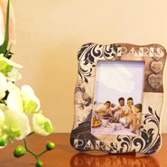 Personalized Gifts for Mom this mother's day-  http://www.giftalove.com/mothers-day/personalised-gifts-for-mother-631.html