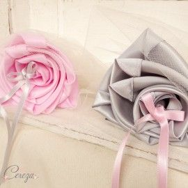 Mariage rose gris porte-alliances Duo fleurs original Mademoiselle Cereza