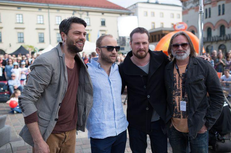 Olivier Janiak wraz z gośćmi Miasteczka Festiwalowego.. ;)!  fot. Grzegorz Milej