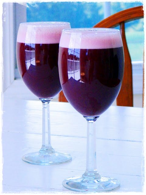 Beet Celery Juice ... recipe from Raw on $ 10 a Day (or Less!)Beets Juice, Beets Celery, Cucumber Juice, September 16, Celery Juice Recipe, Blenders, Raw Meals, Milk Bags, Affordable Raw