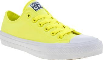 Converse Yellow Chuck Taylor All Star Ii Neon Illuminate your wardrobe this season with one of the most popular profiles from Converse. The Chuck Taylor All Star II Neon arrives in vibrant yellow premium canvas for an ultra-cushioned wear. Classi http://www.comparestoreprices.co.uk/january-2017-8/converse-yellow-chuck-taylor-all-star-ii-neon.asp