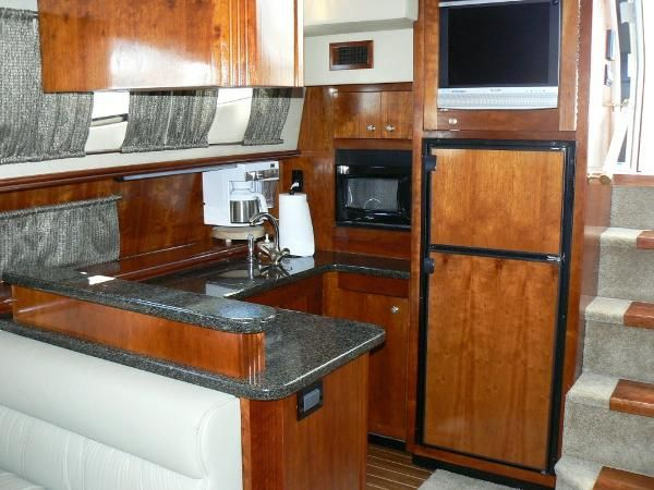 Used 2006 Cruisers Yachts 415 Express Motoryacht, Little River, Sc - 29566 - BoatTrader.com