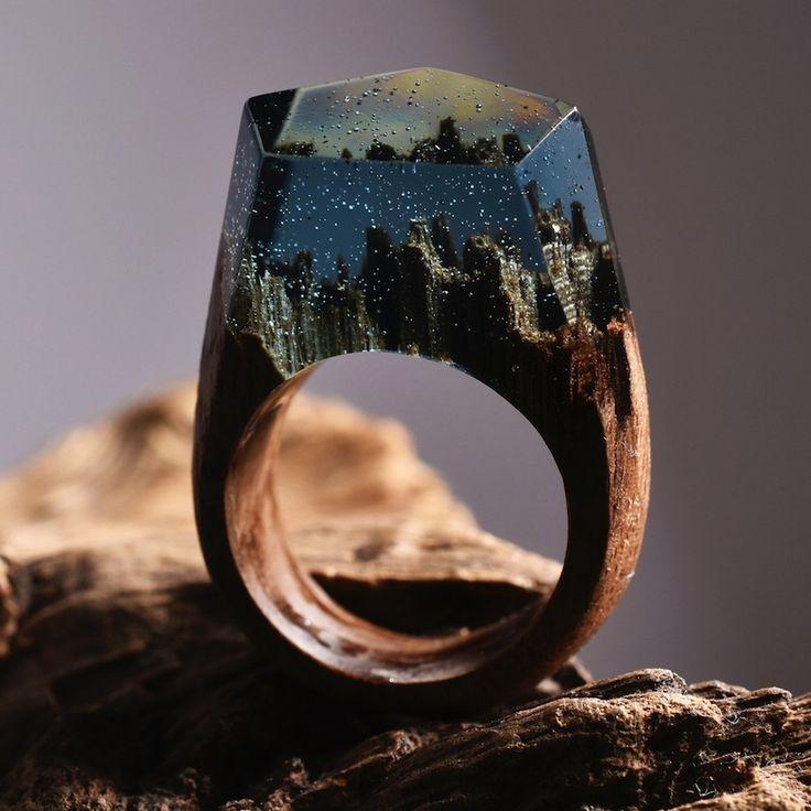 息を呑む美しさ。世界をそっと閉じ込めた魔法の指輪「Secret Wood」|ギズモード・ジャパン