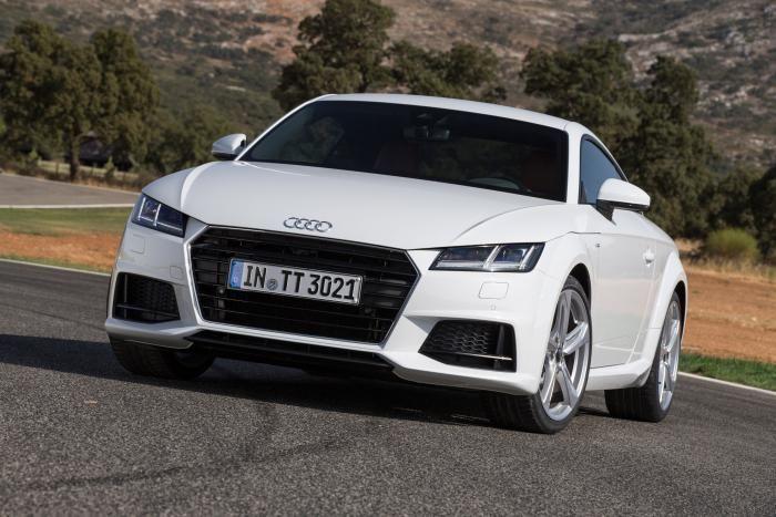 Audi TT TDI Ultra diesel front static