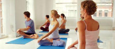 12 Οκτωβρίου: Παγκόσμια Ημέρα κατά της #Αρθρίτιδας  Η γιόγκα βελτιώνει τα συμπτώματα της αρθρίτιδας. Σύμφωνα με τη μελέτη του Πανεπιστημίου Johns Hopkins οι ασθενείς με αρθρίτιδα που είχαν κάνει #γιόγκα, ανέφεραν βελτίωση 20% στον πόνο, τα επίπεδα ενέργειας, τη διάθεση και τη σωματική λειτουργία.