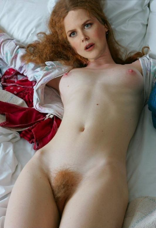 Pussy with vibrator selfie