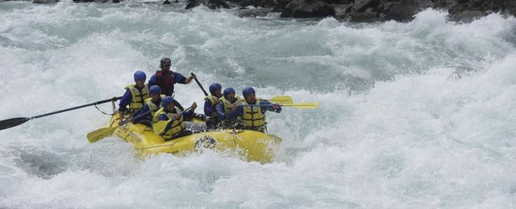 Chile Travel - Deporte y Aventura en Chile - Raftin con aguas bravas, chile lo tiene