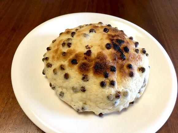 以前の記事で、山崎パンの「ナイススティック」を使用したレシピ、『ナイススティックのオーブン焼き』をご紹介した。表面カリカリ・中身アツアツ・クリームはジュンジュ …