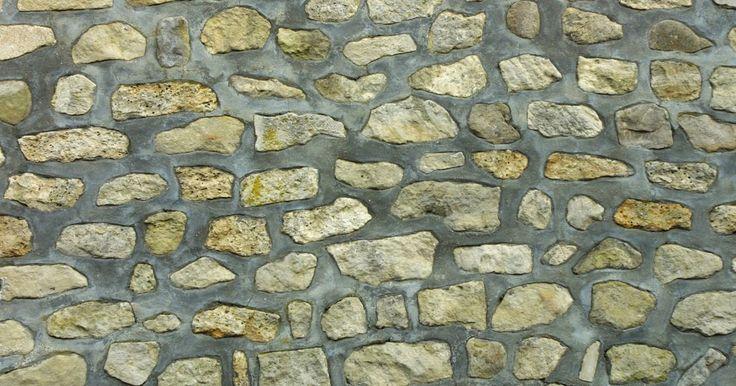 ¿Qué tipo de mortero puedo usar para un muro con piedras apiladas?. El mortero se utiliza para sujetar los materiales de mampostería o de roca en su lugar, y se compone de cemento Portland, cal hidratada y arena combinada con agua. Las proporciones de estos tres ingredientes varían en función del tipo de mortero. Los tipos de mortero difieren en fuerza y situaciones de mejor uso. Tres de los tipos más comunes de ...