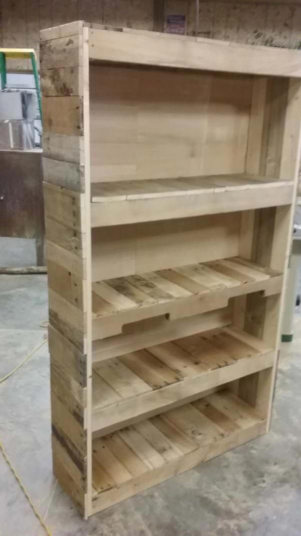 Very Easy Diy Bookshelf Pallet With Plans And Instructions 20