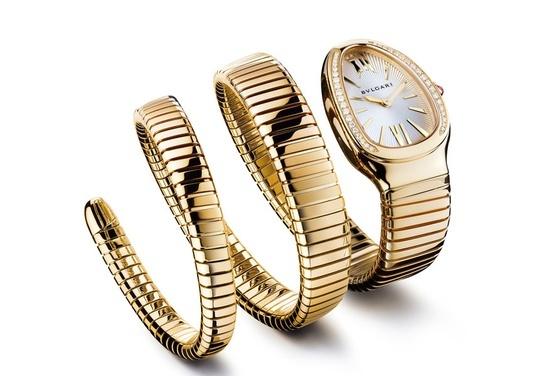 Reloj dorado en forma de serpiente.ñ http://www.linio.com.mx/ropa-calzado-y-accesorios/?utm_source=pinterest_medium=socialmedia_campaign=08022013.relojserpientevisible