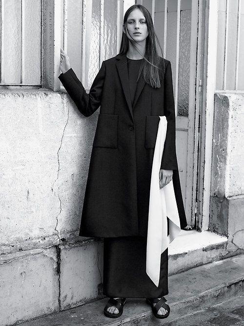Julia Bergshoeff by Karim Sadli for the New York Times T Style Magazine November 14_500.jpg (500×667)