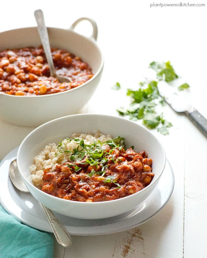 Have your weekly menu planned for you. All you have to do is cook it - plus it's free!! This Vegan Instant Pot Menu Plan will have you getting your money's worth out of your IP too!