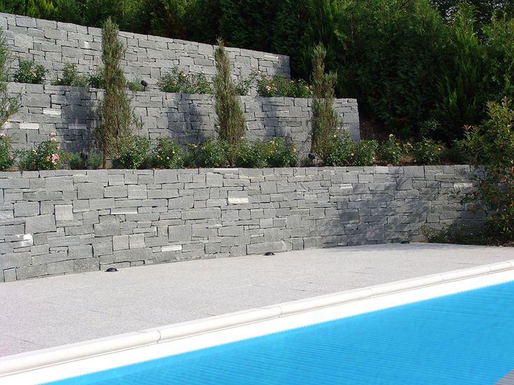 die besten 10 natursteinmauer ideen auf pinterest kamin feuerstelle aus stein. Black Bedroom Furniture Sets. Home Design Ideas