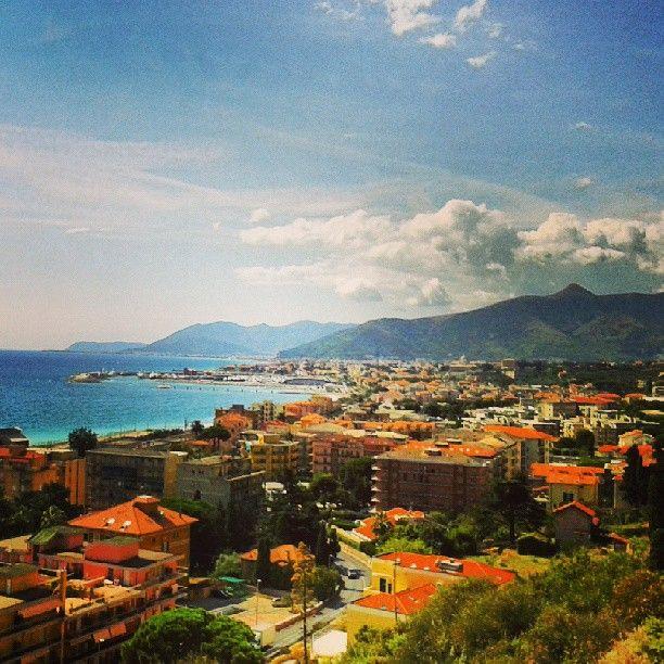 #panorama #mozzafiato #Liguria #PietraLigure #sea #sky #sun pic @mattiaguerini #visitriviera