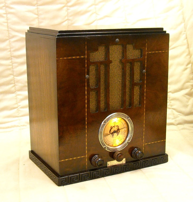 Tombstone Silver Marshall Radio