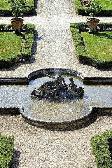 #Fontana centrale del #giardino all'italiana di #Ca' #Marcello