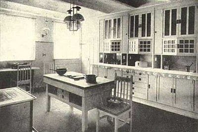 1920s Craftsman Bungalow | Don't you love the pains in the cabinet doors above?