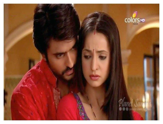 Rangrasiya Episode - 133, July 2nd, 2014 ~ Planet Sanaya | Sanaya Irani Fan Club. rudra comes in hall and informs all that don't worry, nothing happened, that man is behind us mainly o  Read more: http://www.planetsanaya.org/2014/07/rangrasiya-episode-133-july-2nd-2014.html#ixzz36Kb2kBJz
