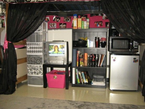 Space saving ideas, cheap decor ideas, and colorful decorating ideas for bedrooms or dorm rooms.