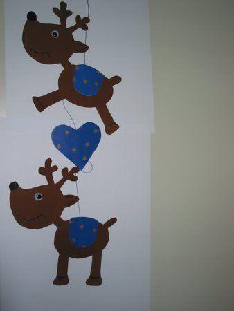 Weihnachtsbasteln fertige rentiere aus pappe ausgeschnitten school christmas pinterest - Pinterest weihnachtsbasteln ...