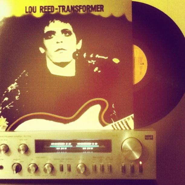 Lou Reed - Transformer (1972)  Vicious http://youtu.be/sM9JG-oQm1Y