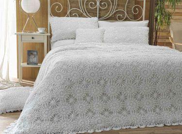 En Yeni Yatak Örtüsü Modelleri