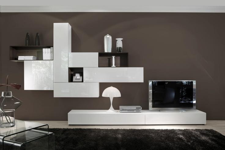 COMPOSICIÓN 16 Composición modular de líneas rectas, minimalistas y asimetricas con líneas geométricas combinadas con módulos huecos de madera, en color Blanco lacado brillo de 270 cm + 120 cm de largo.