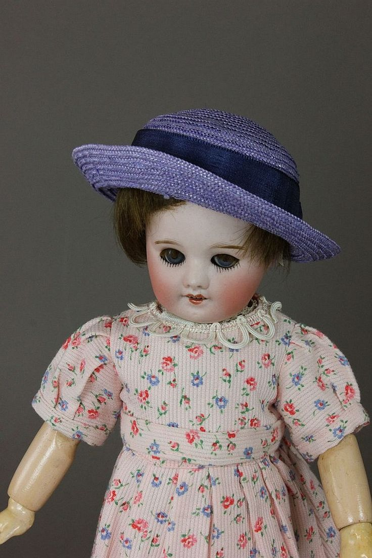 "10 5/8"" S.F.B.J. 60 BLEUETTE PARIS 8/0 - by McMasters Harris Appletree Doll Auctions"