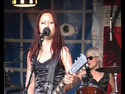 Cherry Overdrive plays Kildemose Kult Festival 2009 - Denmark