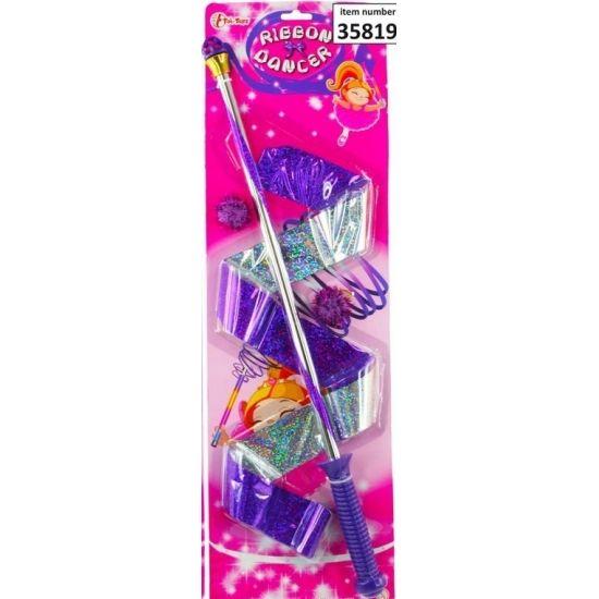 Gymnastiek lint paars. Paars lint aan een handstokje om mee te kunnen zwieren en zwaaien. Lengte stokje: ongeveer 50 cm. Lengte lint: ongeveer 55 cm.