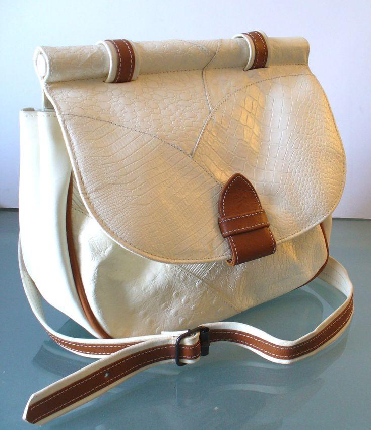 Vintage Industria Argentiina Cuero Vaca Shoulder bag by TheOldBagOnline on Etsy