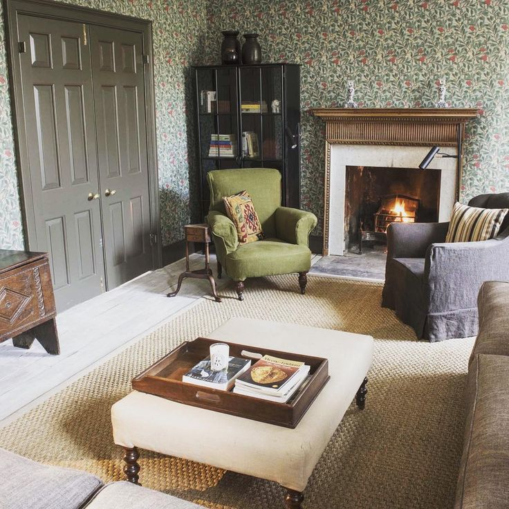 """Today's #CosyHome is Rock House in #Edinburgh - designed by #JonathanReed, we have fallen for this magnificent fireplace and amazing wallpaper. It is also…"""