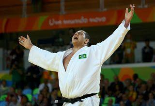 Blog Esportivo do Suíço:  Rafael Silva vence uzbeque, conquista o bronze e garante quarta medalha do Brasil
