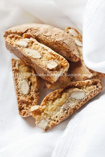 Real Italian Almond Biscotti ~  ingredients:  4 eggs  500g 00 flour  350g caster sugar  means of acacia honey tablespoon  grated rind of half a lemon  200g of almonds with the skins  a little salt  8g baking powder for cakes