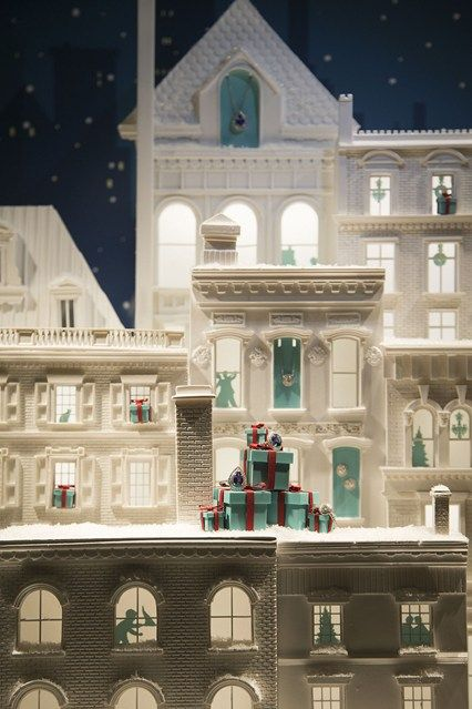 Tiffany & Co Christmas Window Display 2014 (Vogue.com UK)