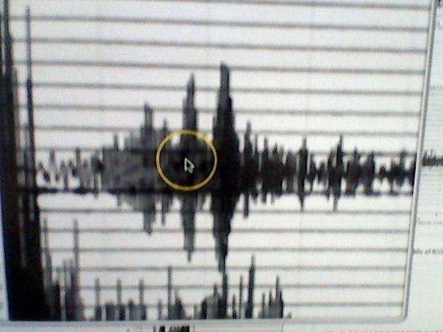 Una sconosciuta vibrazione / segnale / frequenza / impulso è in corso sul pianeta. Si teme che tali onde provengano dal nucleo fuso della Terra: i video.