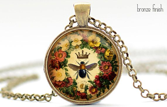 Queen bee necklace call a1 bee specialists in bloomfield hills mi