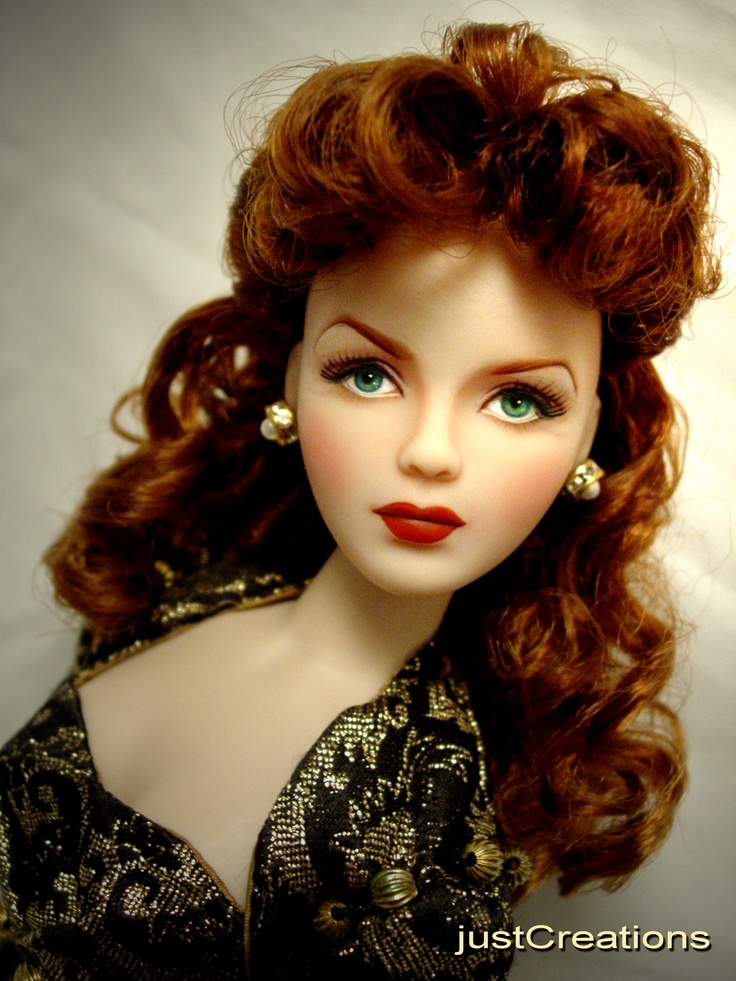 Maureen O'Hara doll - A very interesting doll, it looks like her in a dolly kind of way.  I like it!