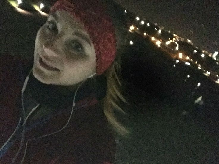 Running in the snow?! A great experience and challenge but possible!  http://beautyfoodliving.blogspot.de/2016/01/meine-must-haves-zum-laufen-im-winter.html ...Here my tips for jogging in the winter ❄️
