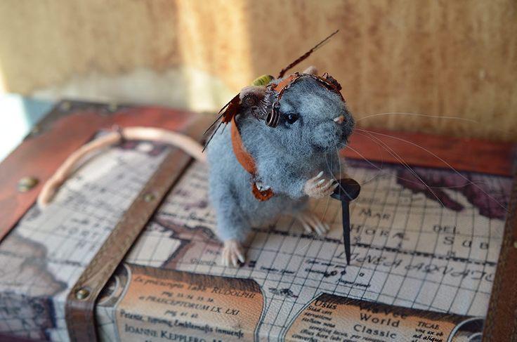Nadel Gefilzte Ratte. Steampunk-Kreatur. von Fenekdolls auf Etsy