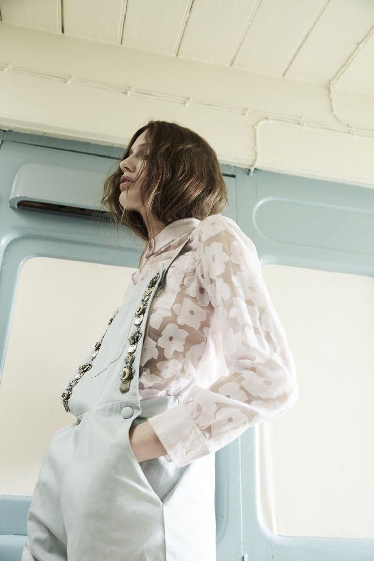 FOREVER YOUNG Magazine Phoebe Jebb d'Annie Bundfuss - Éditoriaux de la mode