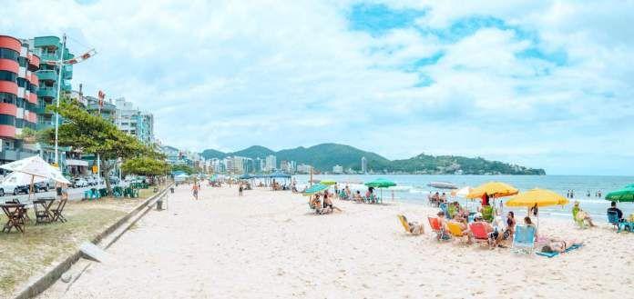 As 7 Melhores E Mais Belas Praias De Itapema Sc Praia De