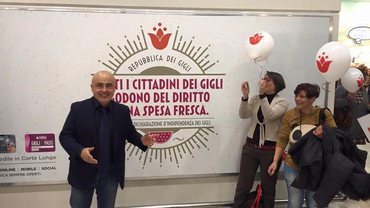 Paolo Cevoli alla dichiarazione d'indipendenza de I Gigli per uno shopping felice!