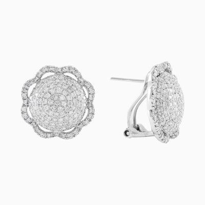 Extremely gentle flower shaped earrings in 18ct white gold with diamonds, total weight 1.16ct. These earrings will bring you an uplifting spring mood in any season.