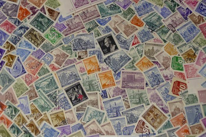 Aktuell in den #Catawiki-Auktionen: Böhmen und Mähren 1939/1945 - ca. 1000 lose Briefmarken